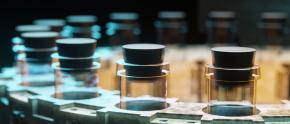 Industrie pharmaceutique et rappels produits :  ne pas confondre vitesse et précipitation